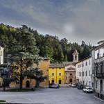 Tredozio, Piazza Vespignani